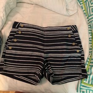Banana Republic button shorts